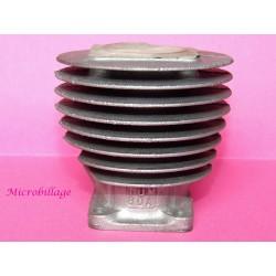 Microbillage et peinture haute température (noir) cylindre ou culasse.