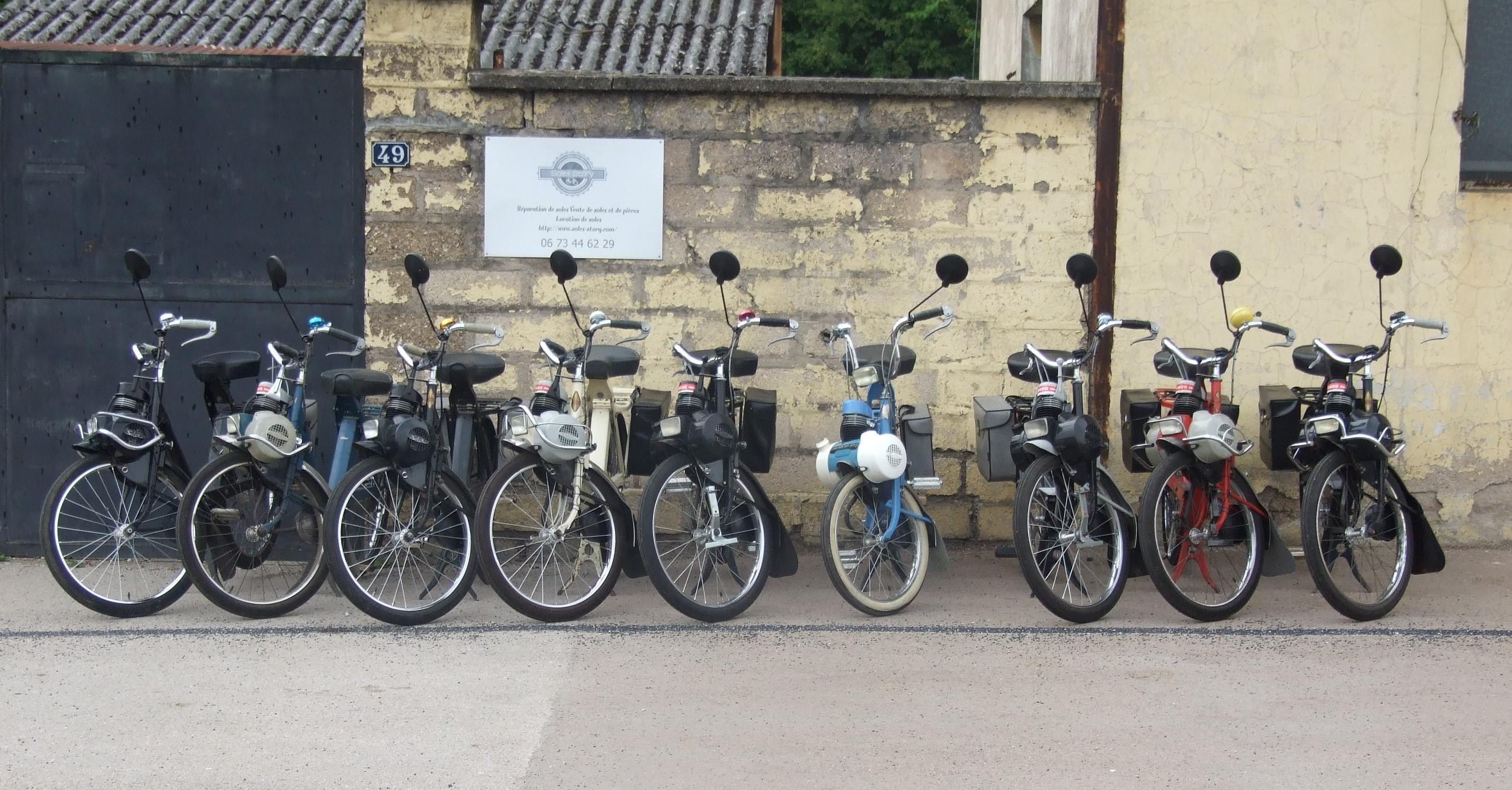 Un parc de VéloSoleX entièrement restauré, disponible à la location